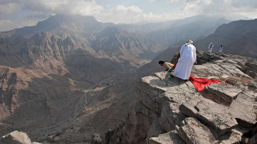 Hajar-Mountains-Tourist-Attractions-In-UAE