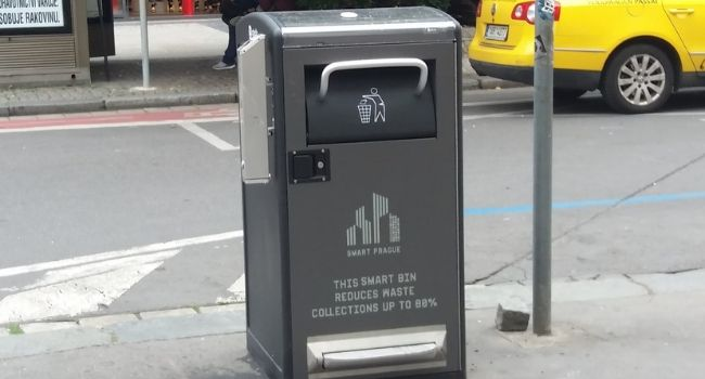 Smart-Waste-Bin-Future-Of-Waste-Collection-Management-And-Its-Benefits