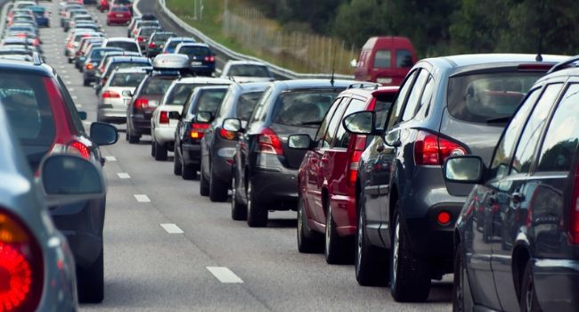 Starting-Your-Journey-At-Rush-Hour-Problems-Faced-By-Drivers-on-a-Trip